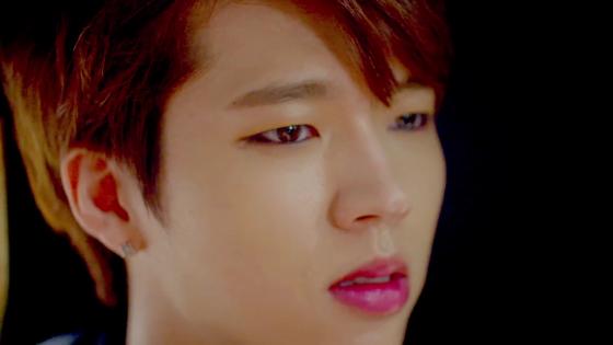 INFINITE Bad - Woohyun 4